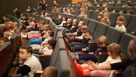"17.12.2018 Teatr Ludowy - spektakl ,,Pszczółka Maja"""