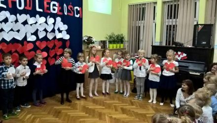 Koncert pieśni i piosenek patriotycznych z okazji Odzyskania Niepodległości