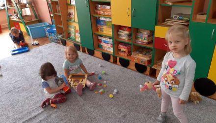 Nasze pierwsze dni w  przedszkolu Zaczarowana Dorożka